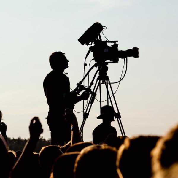 LIGHTREEL Productions - Medienproduktion und Fotografie Augsburg, Film, Video, Imagefilm, Werbevideo, Webvideo, Hochzeitsvideo, Hochzeitsfilm, Hochzeitstrailer, Weddingtrailer, Erklärvideo, Videograf, Schnitt, Kameramann, Dreh, Eventvideo, Messefilm, Prod